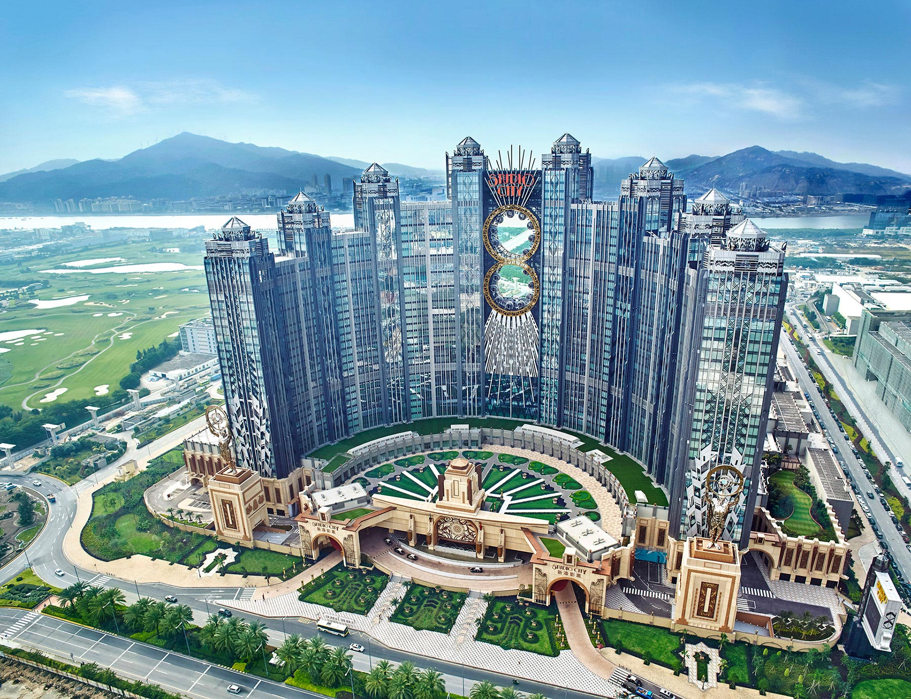 Melco Attributes Increase In Q3 To Mass Market Table Performance