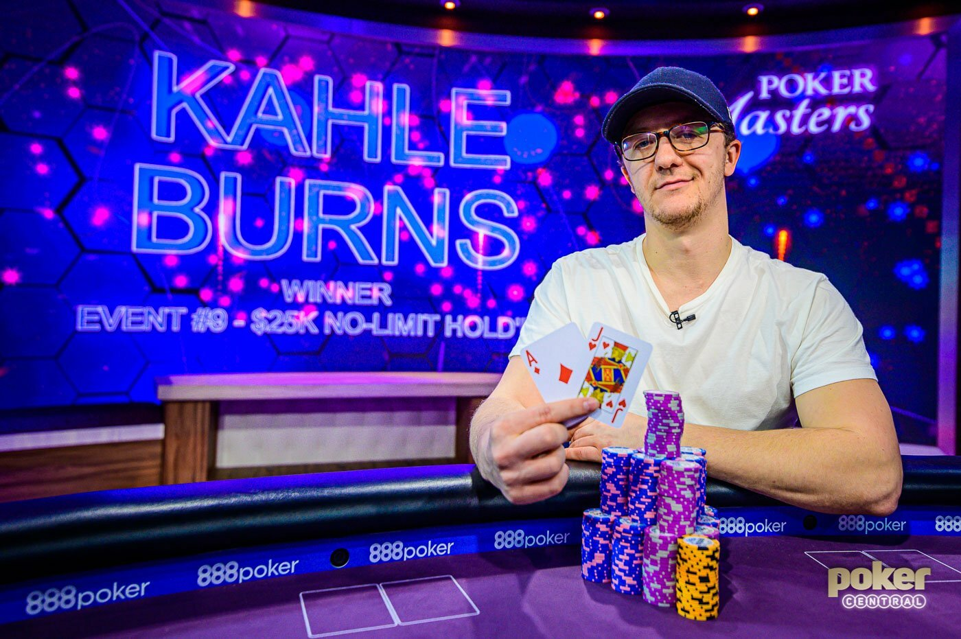 Kahle Burns Wins 2019 Poker Masters Event #9