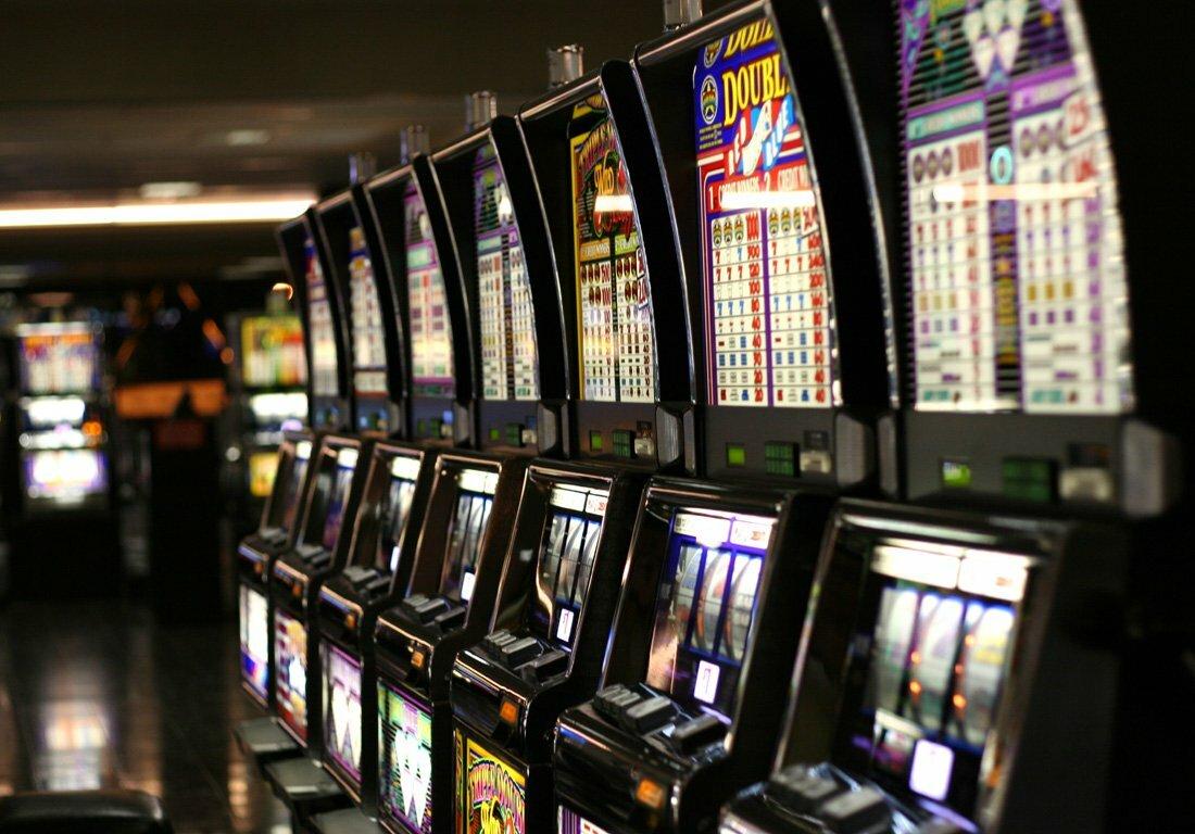 Casino Slot Machines Play Up Across Three US States