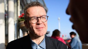 Flutter Appoint Tom Watson As Corporate Adviser On Safer Gaming