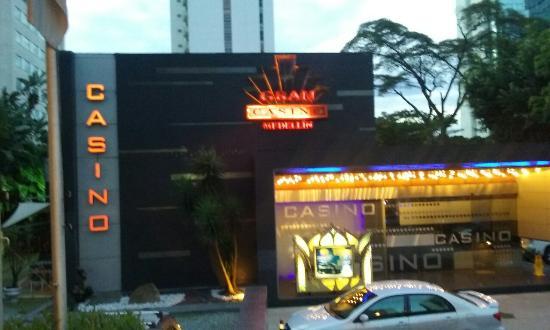 Medellin Columbia To Start Reopening Casinos, Bingo And Slot Halls