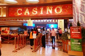 Singapore Sees Fewer Gamblers Due To Casino Entry Rise