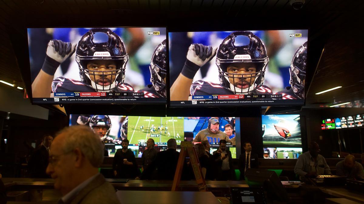 NFL Return Helps Indiana's Sportsbook October Trading